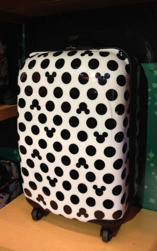 13 Adorable Minnie And Mickey Mouse Suitcases For Sale